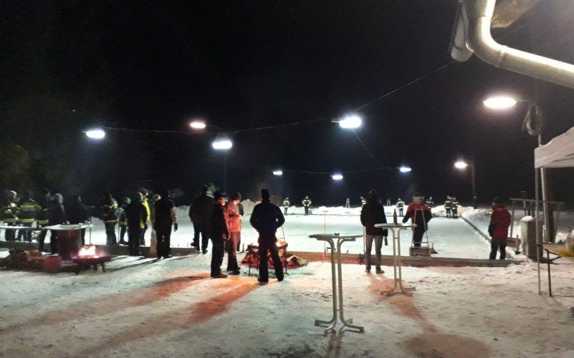 Abschnittsturnier im Eisstockschießen in Krumegg