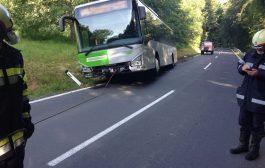 Bergung eines Linienbuses auf der L-305