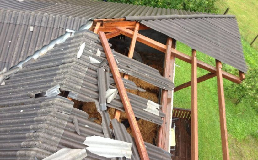 Abgedecktes Dach in Dornegg