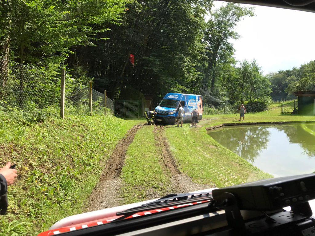 Fahrzeugbergung in Krumegg